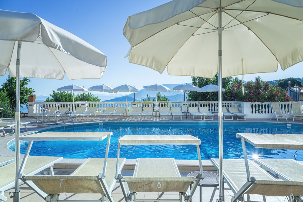 hotel_jaccarino_hotel_a_sant_agata_sui_due_golfi_massa_lubrense_sorrento_foto_c_piscina
